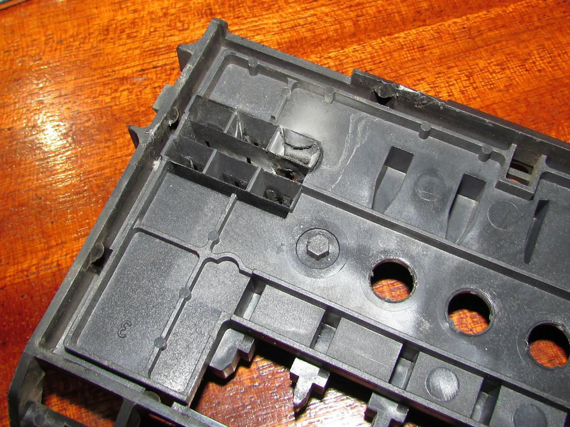 Ac Fuse Box Melted : Vwvortex melting fuse box fix